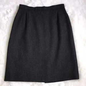 ⚜️Giorgio Armani Wool Skirt  6⚜️